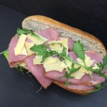 BROODJE PASTRAMI TRADITIONEEL